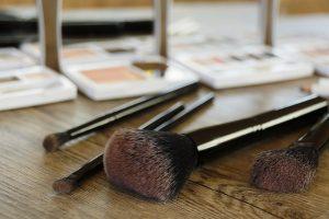 pędzelki kosmetyczne do makijażu