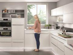 Kuchnia na wymiar z prawidłowo zaprojektowaną strefą zmywania